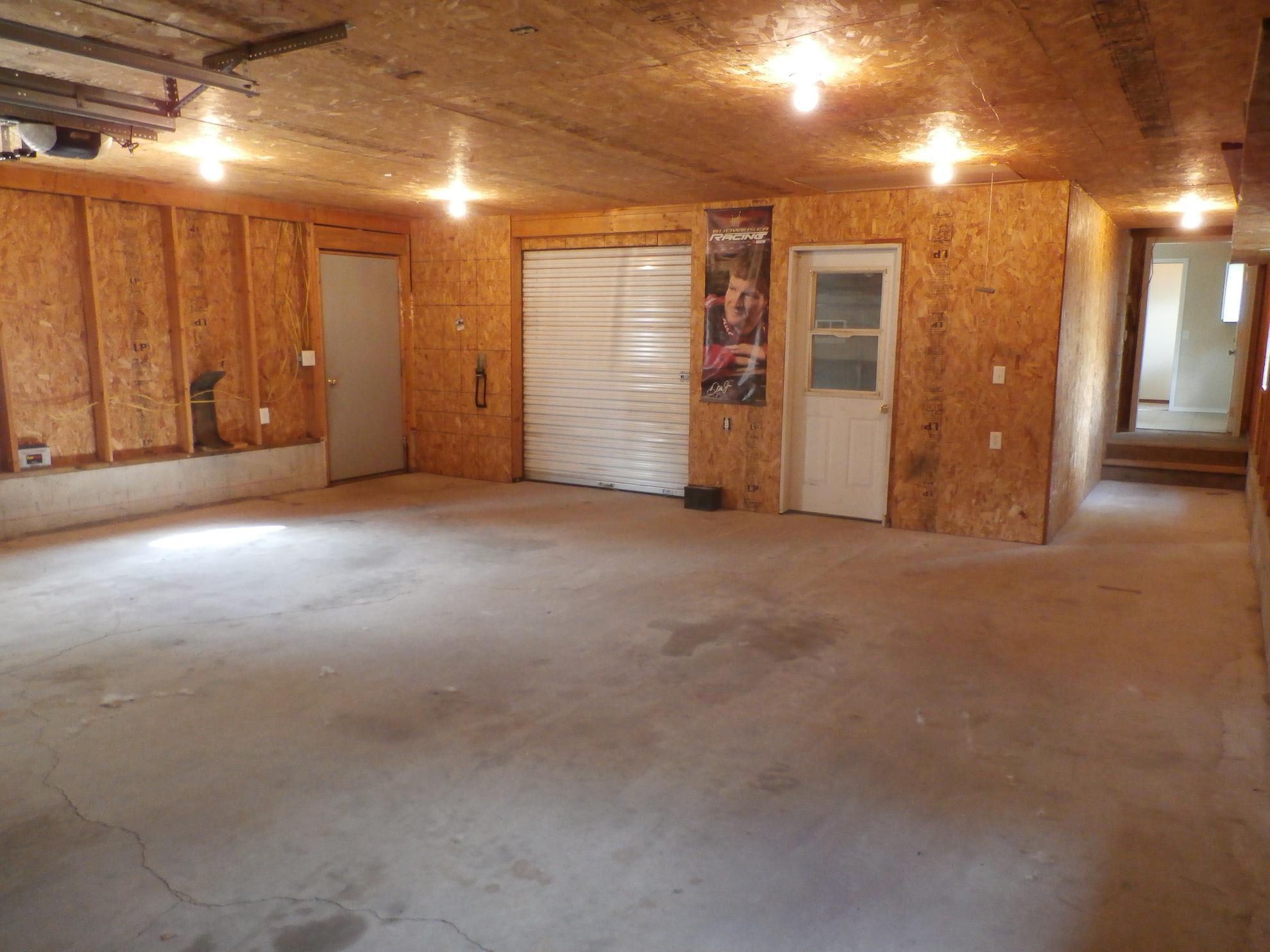 Garage-2-1.jpg