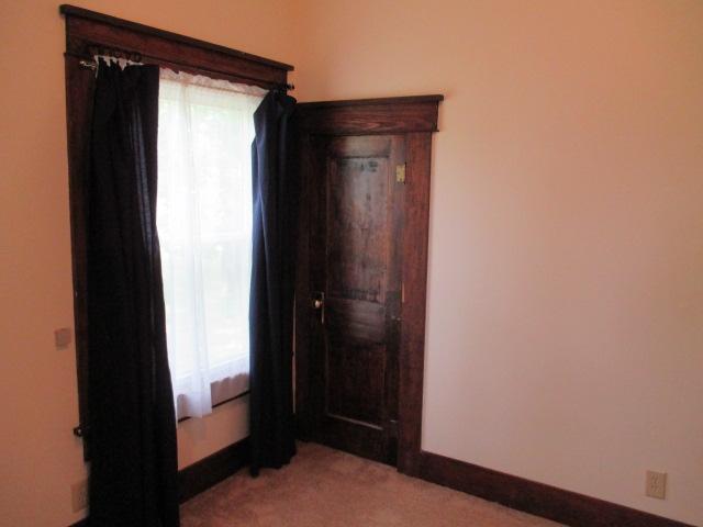 P15smithbedroom.jpg