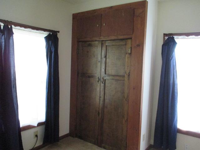 P16smithbedroom.jpg