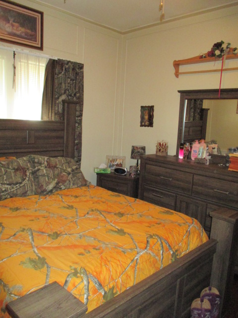 P18egglestonbedroom1.jpg