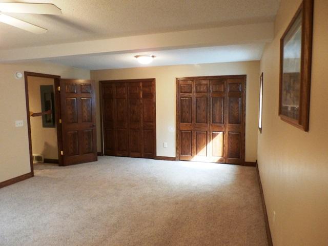 basementbedroom1-2.jpg