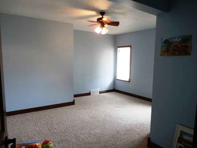 upstairs-bedroom-2-1.jpg