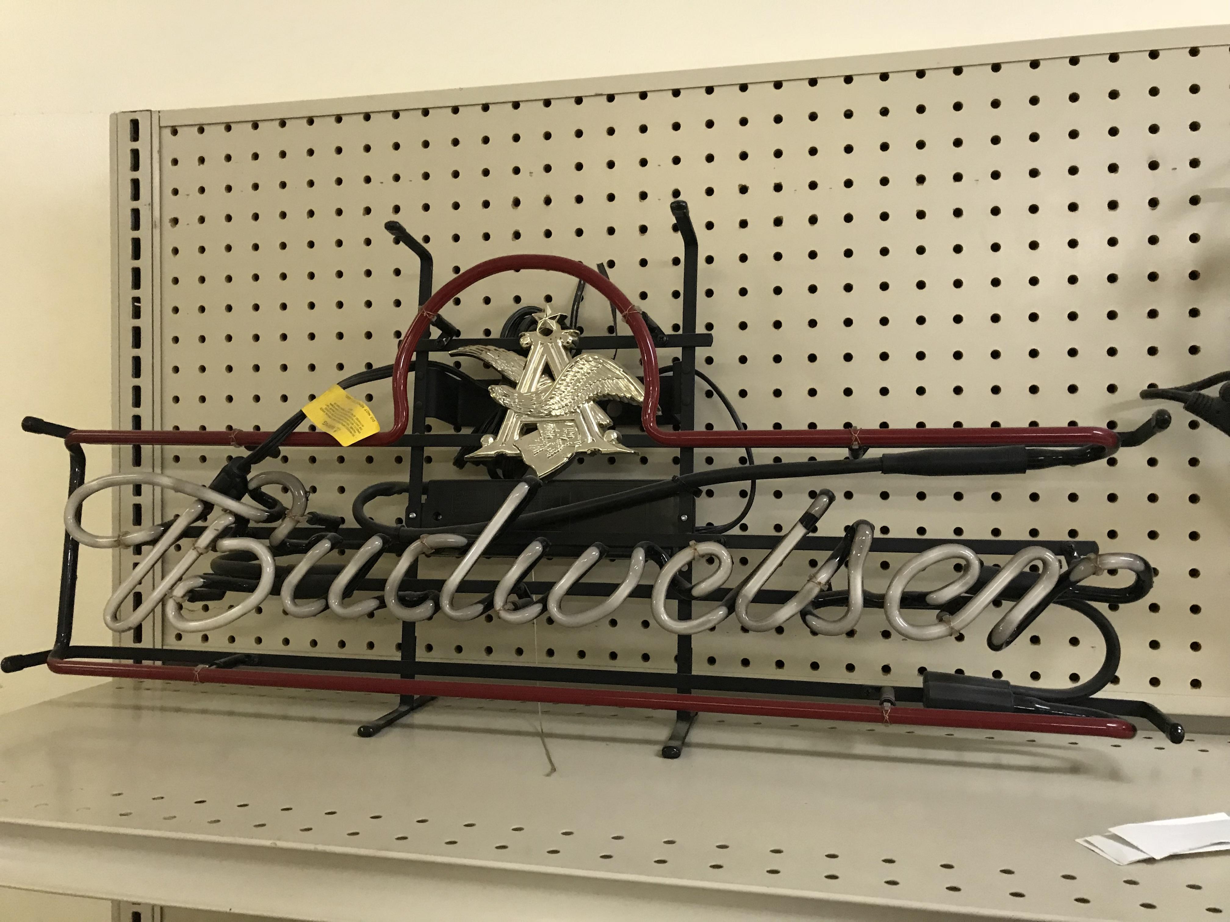 Budweiser-Neon-Light.jpg