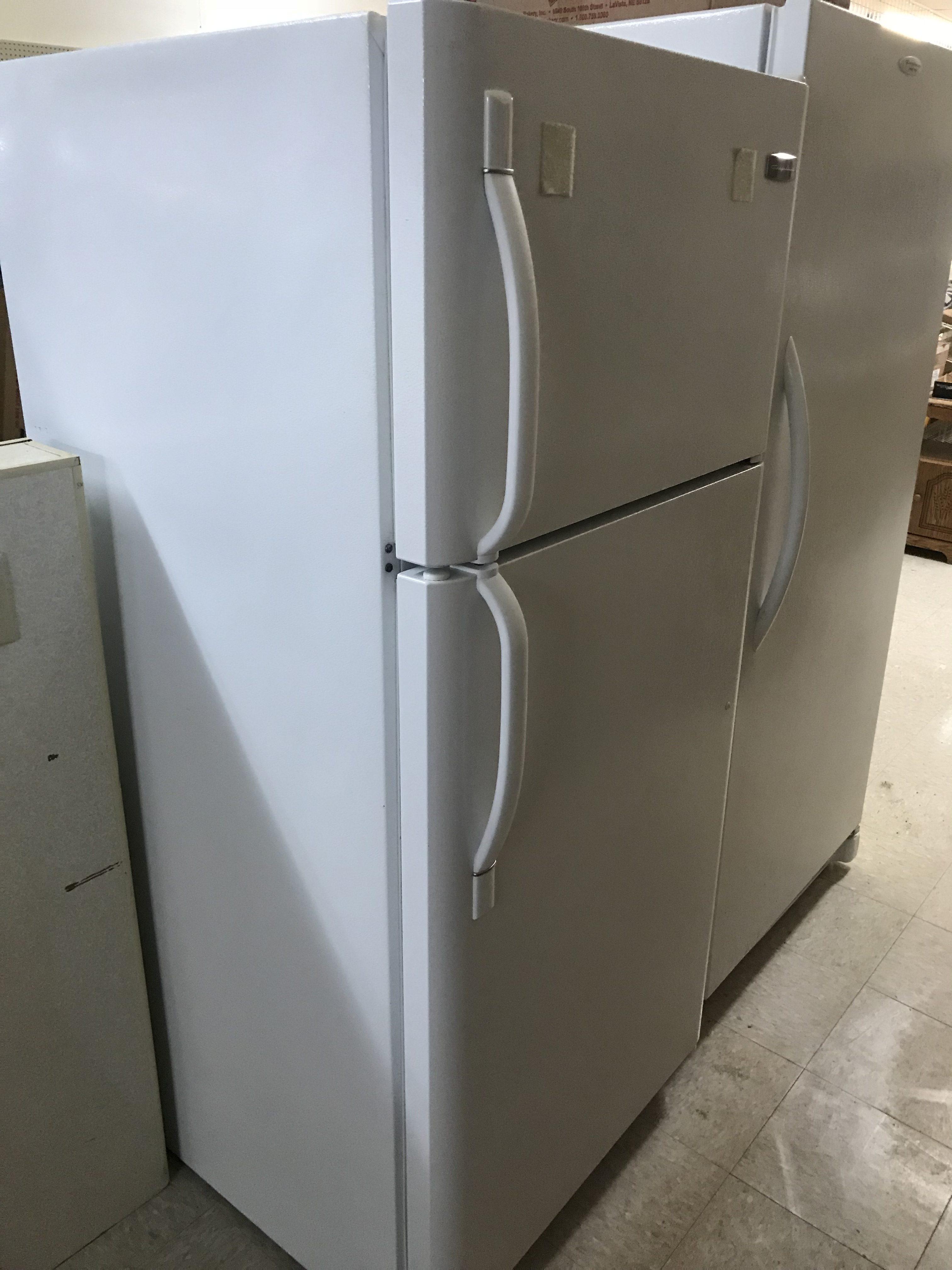 Fridigaire-Refrigerator.1-e1519071760494.jpg
