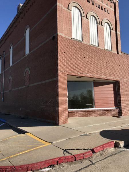 400 1st Street, Utica, NE Commercial Building