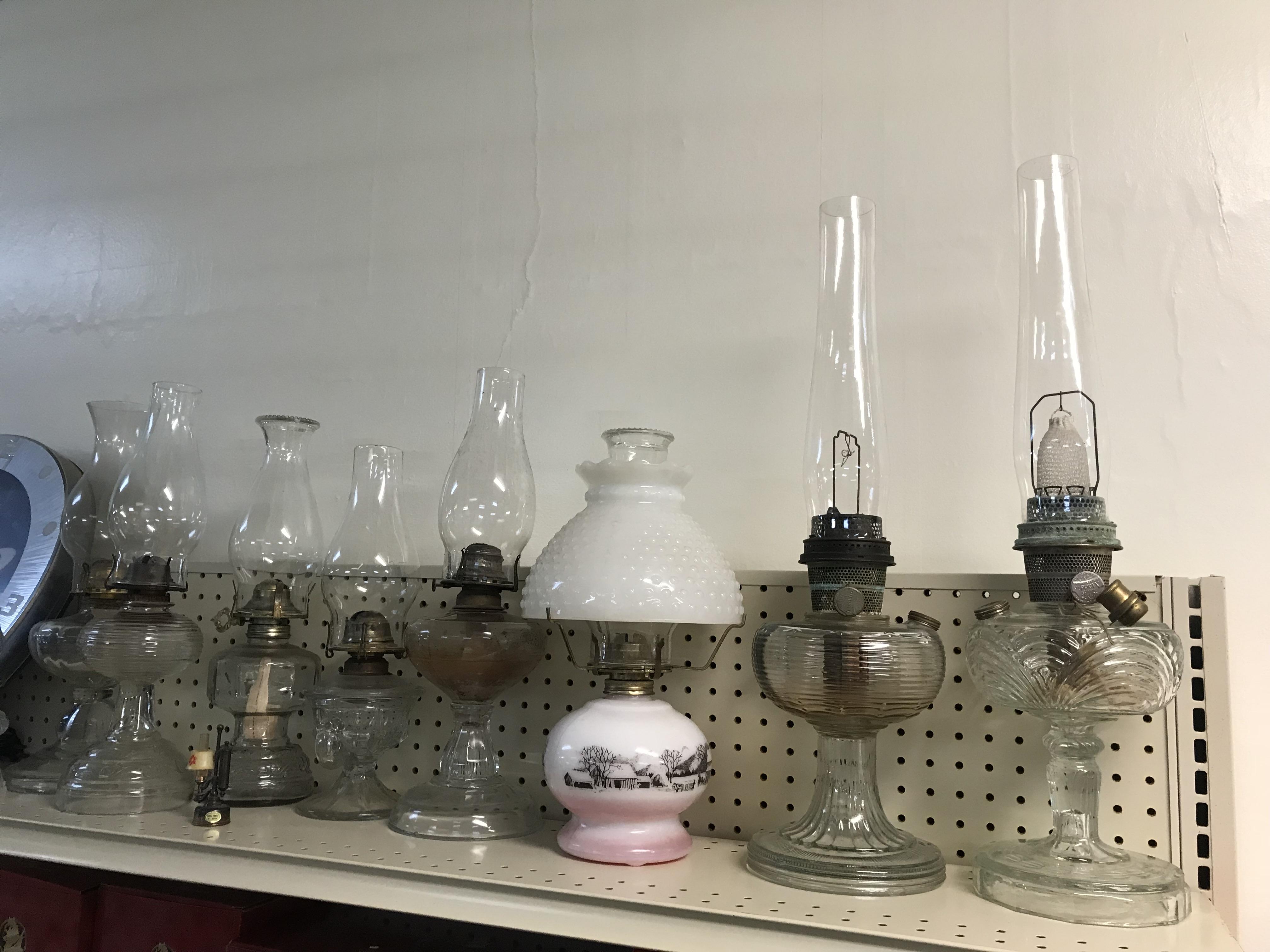 Kerosen-Lamps-Oil-Lamps.jpg