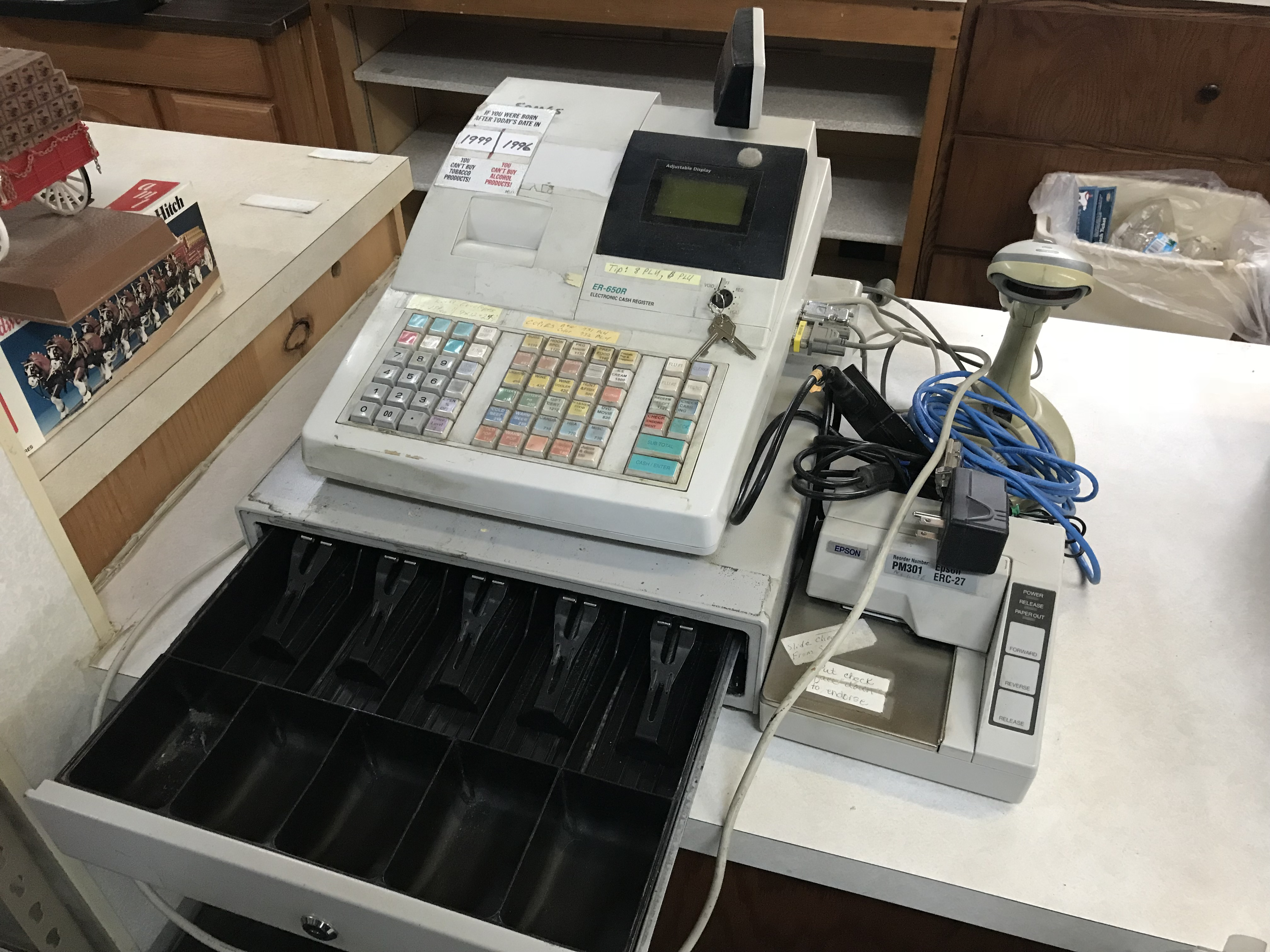 SAM-4S-Model-ER-650R-Electronic-Cash-Register.1.jpg