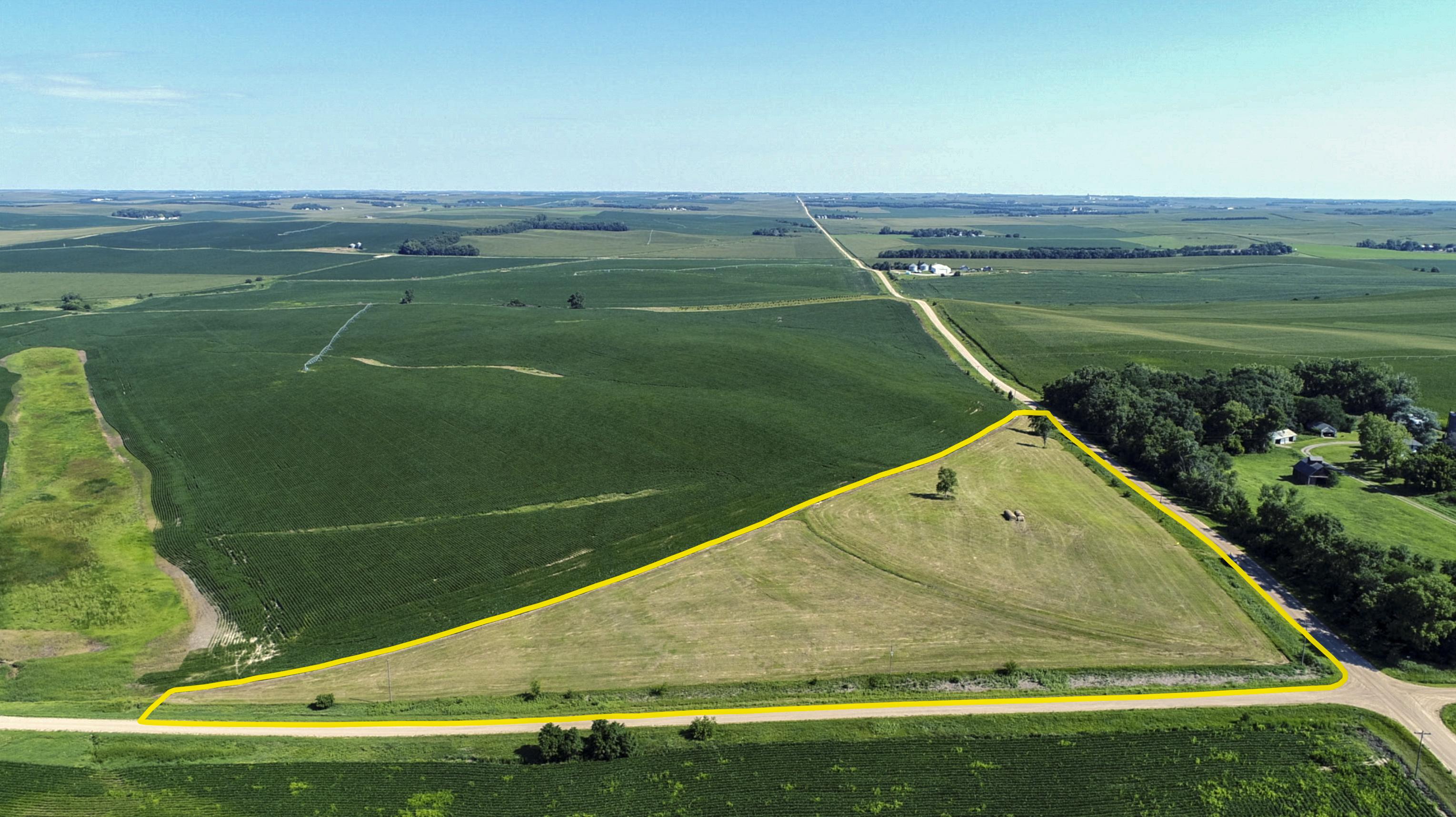 Nuesch_SE-Corner_Aerial_2_Outline.jpg