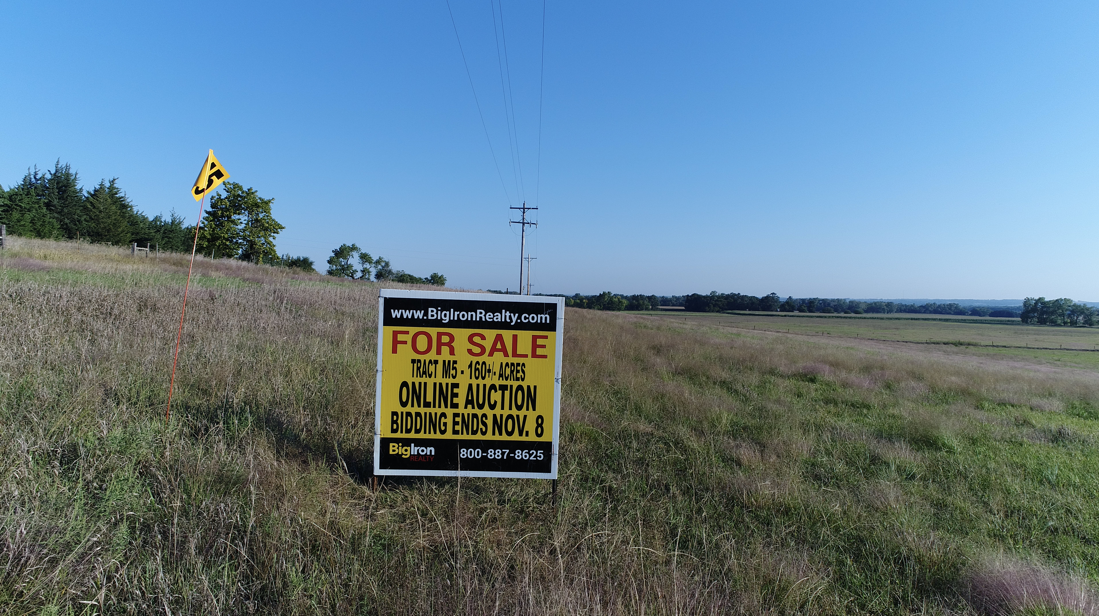 Tract-M5-Sign.jpg