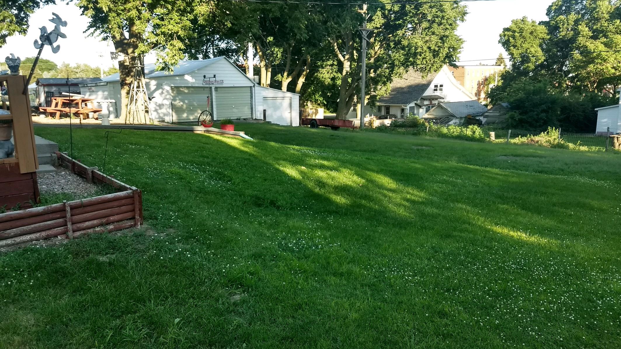 Glesinger-Yard-1.jpg