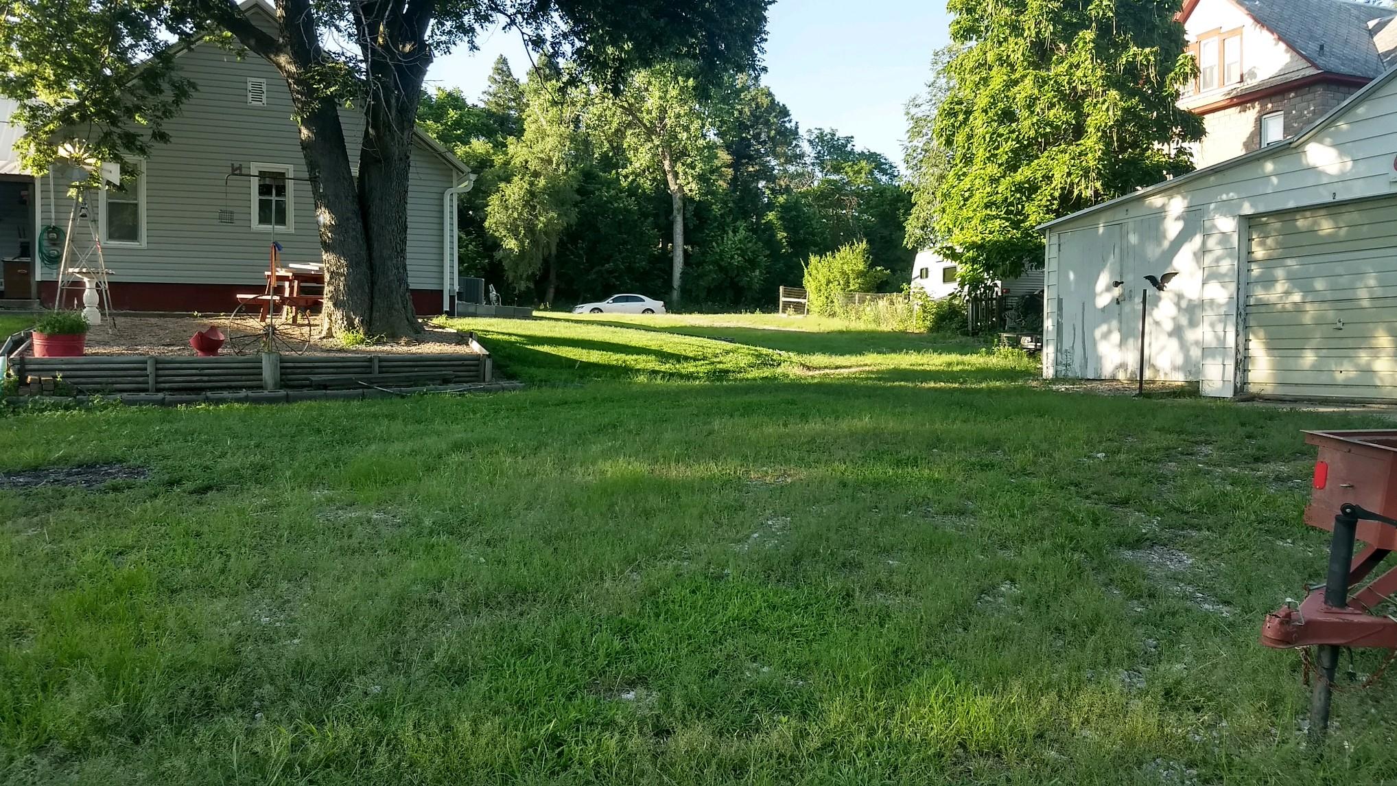Glesinger-Yard-3.jpg