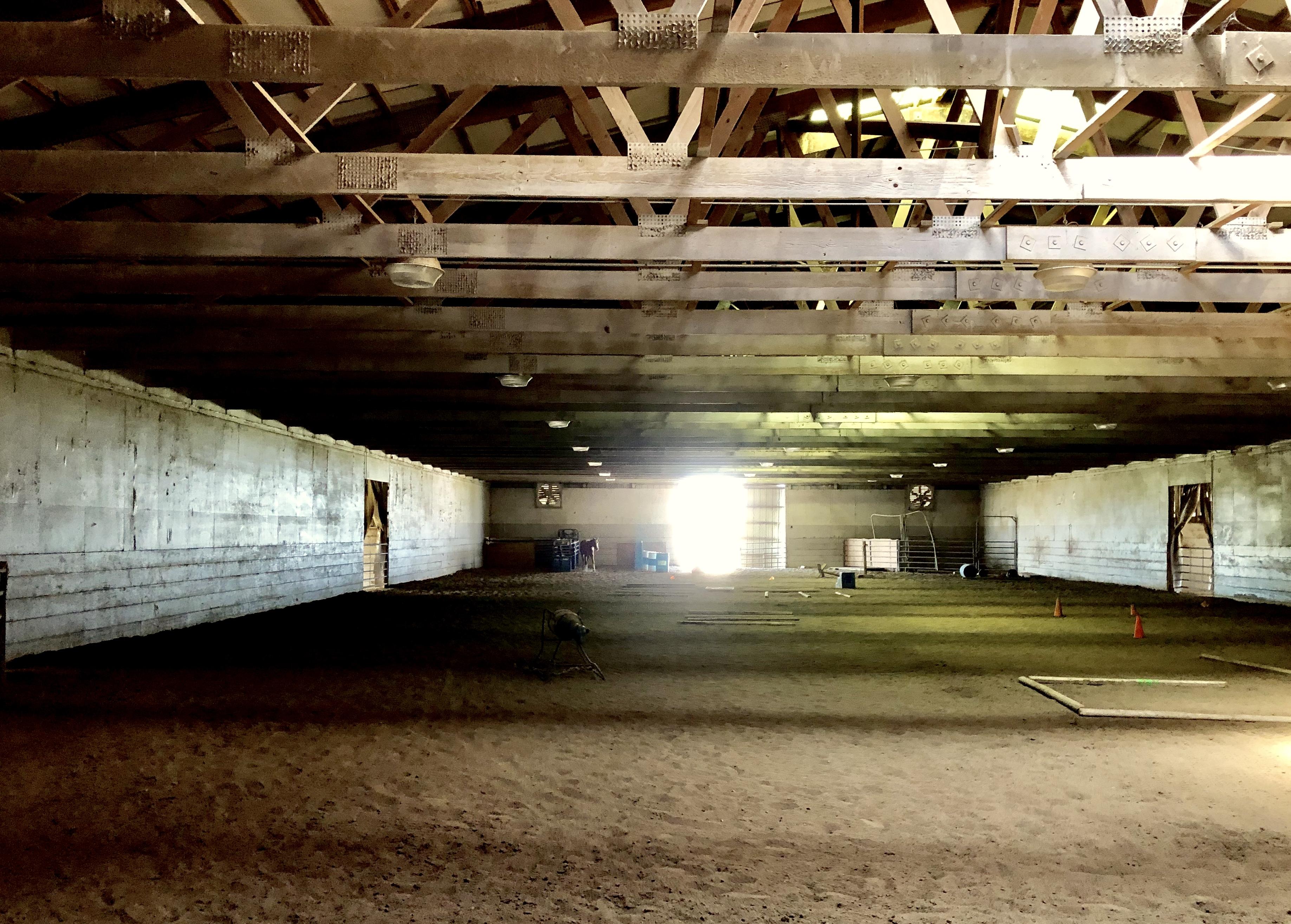 Fischer-Stables-indoor-areana-B.jpg