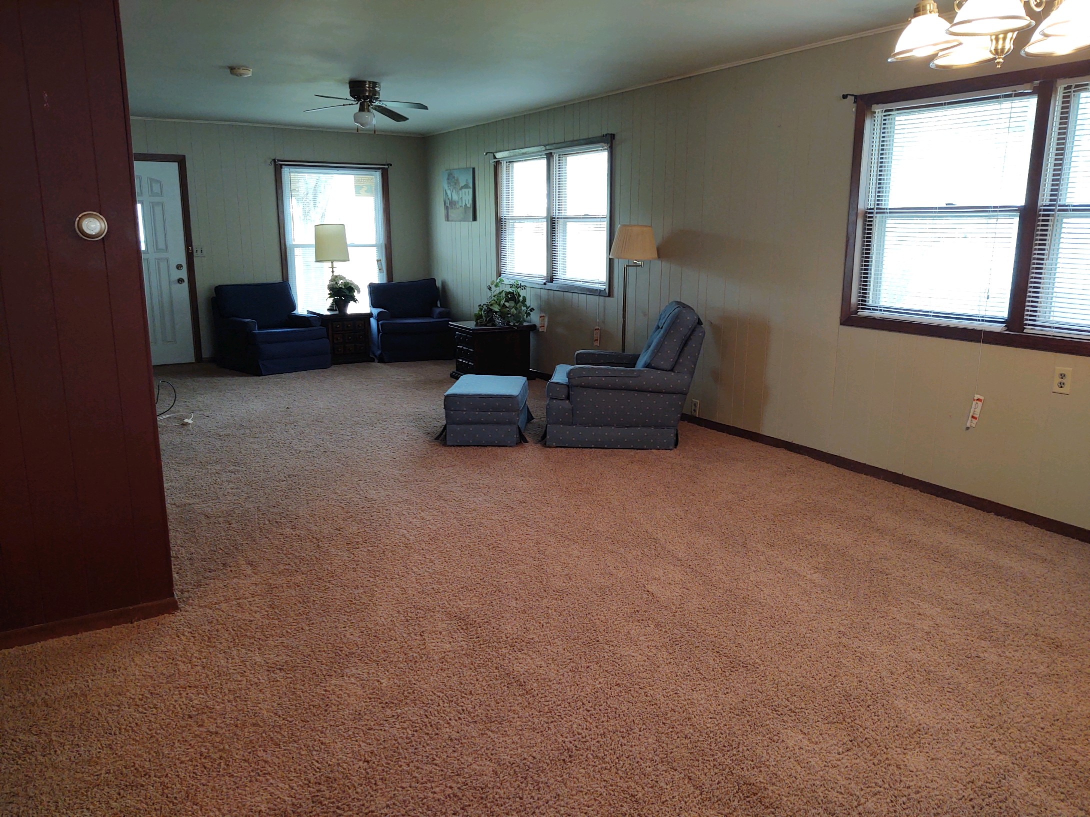 Delaney-Living-Room-New-4.jpg